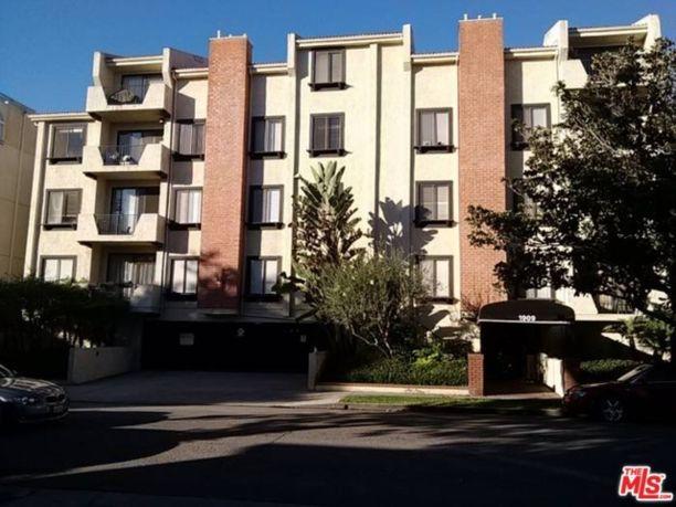 2 Beds 1909 Glendon Ave Unit 104 - Los Angeles, CA 90025