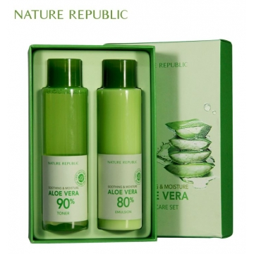 Soothing & Moisture Aloe Vera Special Set